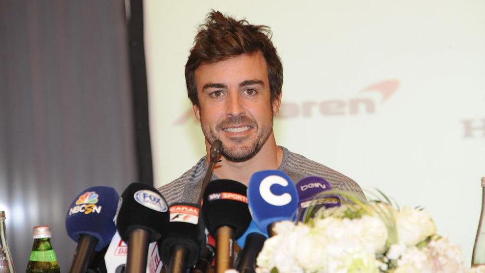 Alonso no correr en m naco abandona la prueba para for Muebles basoko