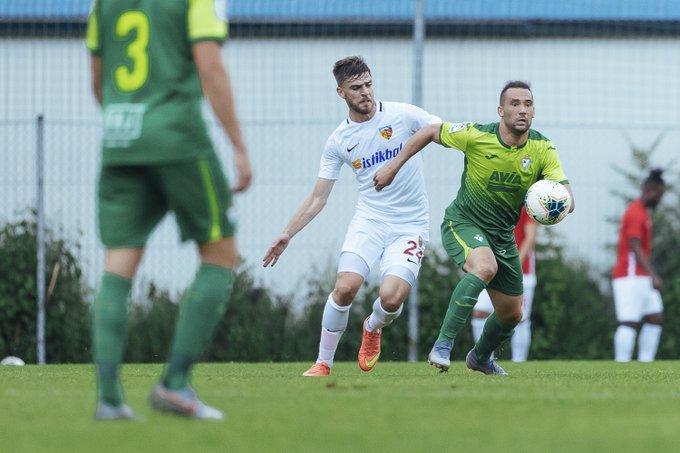 Quique González, en un partido con el Eibar
